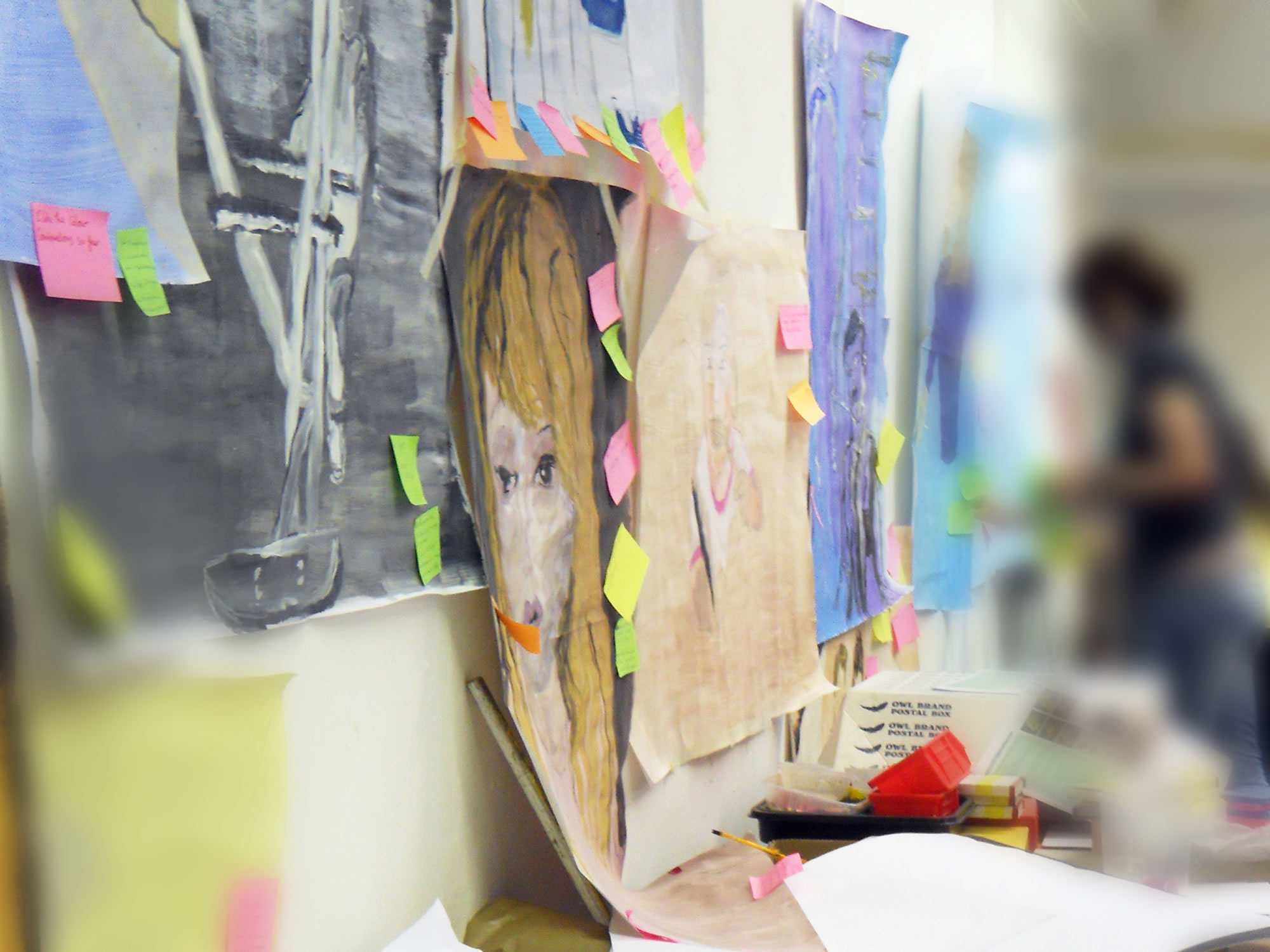 Post-it Critiques with art and design students